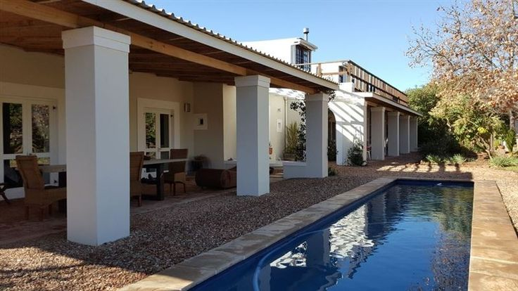 Sizofika - Enjoy your own self-contained ground floor space with a large verandah and pool when you stay in our lovely home in the peaceful village of McGregor, nestling between two mountain ranges with farms and ... #weekendgetaways #mcgregor #southafrica