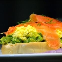 Avo, scrambled eggs & smoked salmon..
