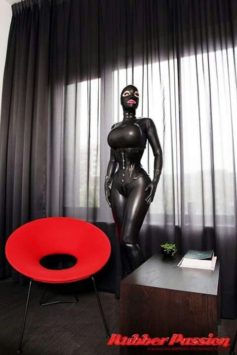 latex anziehen sex chat sms