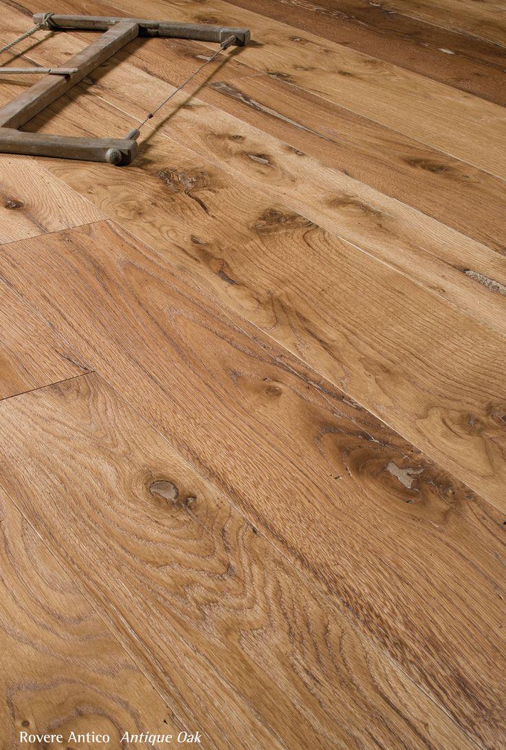 Antique Oak.  Pavimento legno di rovere antico di recupero.