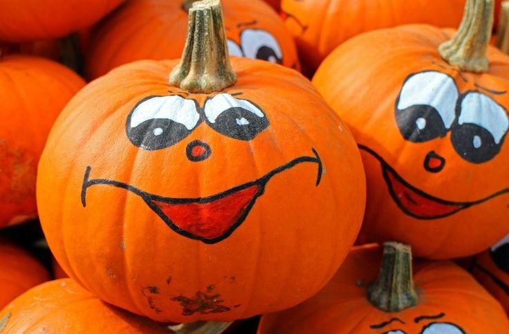 In Italia La Festa di Halloween si è diffusa da pochi anni: è la notte delle streghe molto simile a quella che si festeggia nei paesi anglo-sassoni ma molto più consumistica e allegra non ... Continua >>