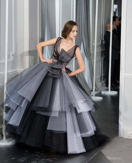 Christian Dior Spring 2012 Couture - love all the tulle black and white and the HUGE spotted bow