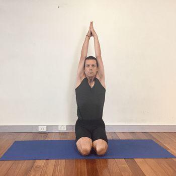 iyengar yoga poses for shoulders  ejercicios de yoga