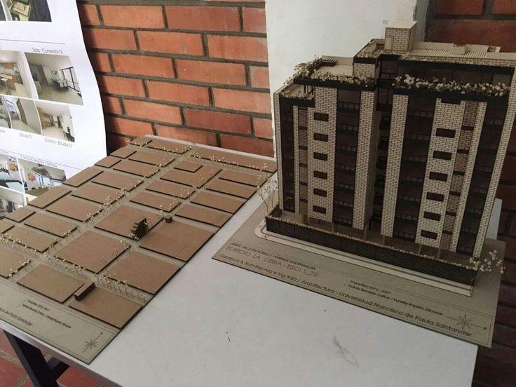 Proyecto: Edificio la ceiba Maqueta puntual / maqueta urbana.