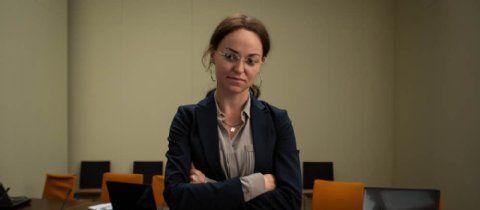 NSU-Dokudrama im ZDF: Lisa Wagner überzeugt als Beate Zschäpe | Medien- Berliner Zeitung