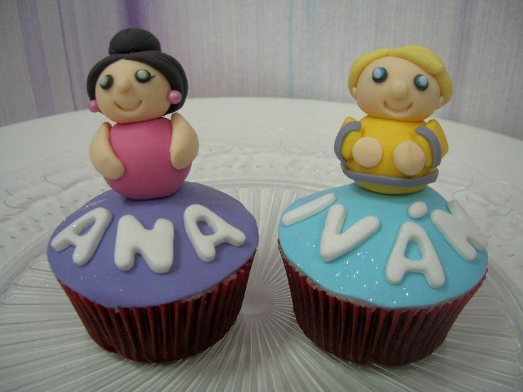 Cupcakes personalizadas de chocolate, para Ana e Iván.