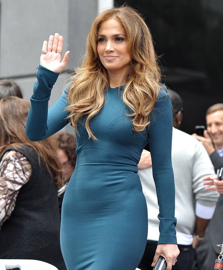 Pictures of Pregnant Victoria Beckham and Jennifer Lopez ...