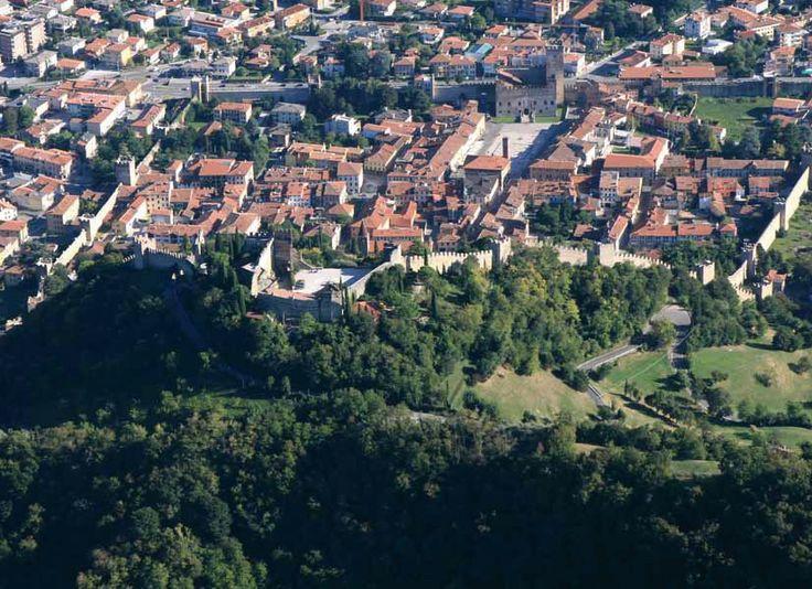 Marostica: nella provincia di Vicenza ai piedi dell'Altopiano di Asiago