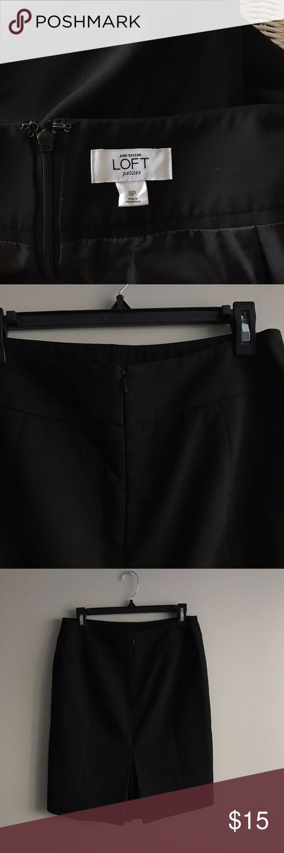 Ann Taylor LOFT petites pencil skirt Preowned condition. No stains or rips. Smoke and pet free zone. LOFT Skirts Pencil
