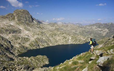 De la Cordillera Cantábrica a los volcanes de la Garrotxa, cinco rutas para huir del calor entre paisajes espectaculares