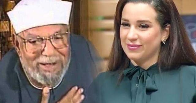 مدونه فركش أسما شريف منير تهاجم الشيخ الشعراوي عبر صفتحها على Famous Nun Dress Academic Dress