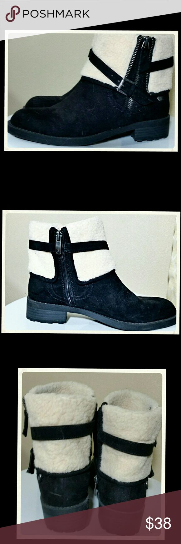 Liz Claiborne faux fur ankle boots....size 7.5 Black and cream. Zipper down the side for easy access. Nice condition Liz Claiborne Shoes Ankle Boots & Booties