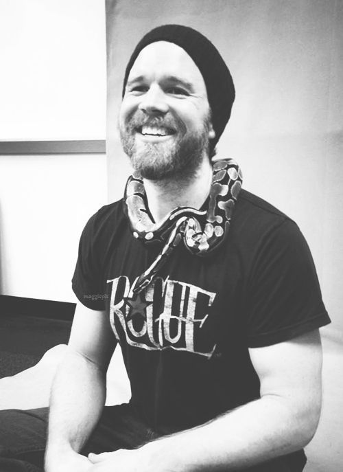 One of the nicest Ryan Hurst photos I've ever seen <3 (in-colour version already pinned)