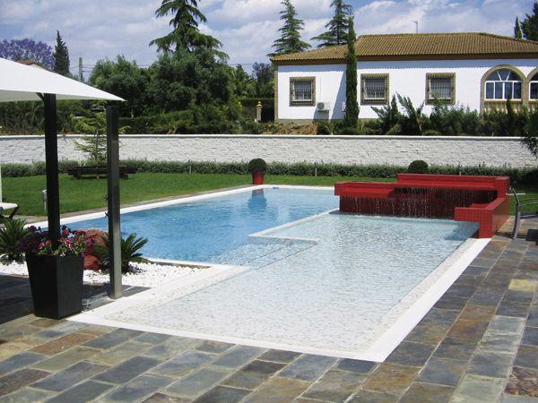 Gresite de piscina azul celeste niebla 3004 exteriores y for Piscinas publicas valencia
