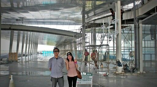 This was caught on front entry of KualanamuInternational Airport. Im with Kak Lia in this picture. She was my senior at my colleges.