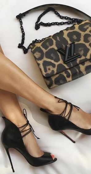 What better way to make yourself look and feel totally confident than with some gorgeous high heels? You'll find the widest range of High heel shoes products, discover on covetlo.com