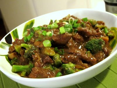 Chinese beef with broccoli. Quick to prepare and healthy (There's no added oil!). Slow cooked in a Crock-Pot for 8 hours.