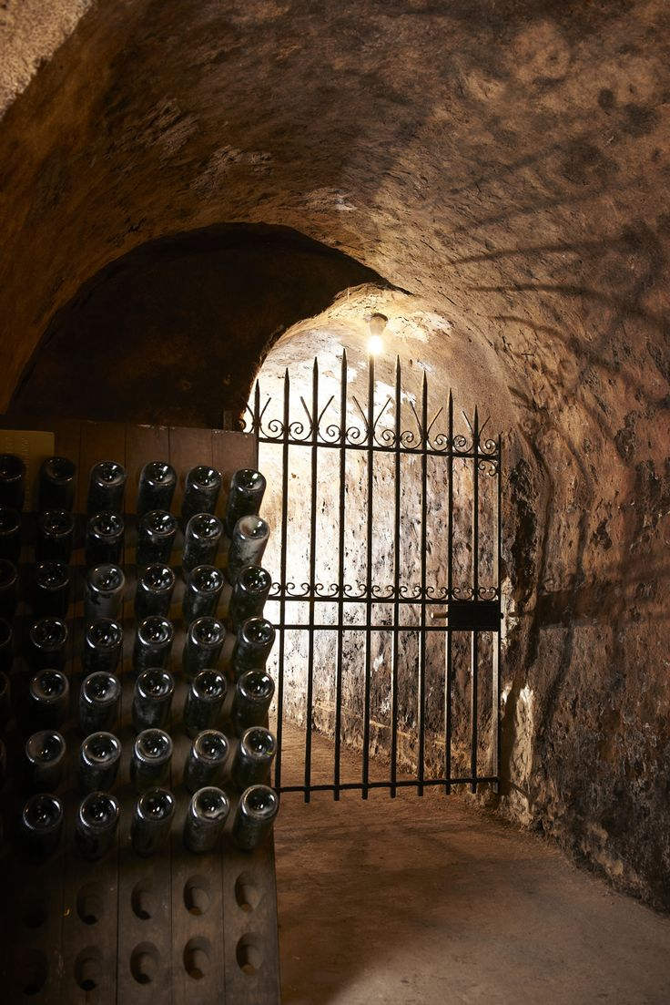 The Champagne house in Gardet, based in the montagne de Reims, is located in the small village of Chigney-les-Roses. Established in 1895 by Charles Gardet, the company is owned and run by Christophe Prieux.