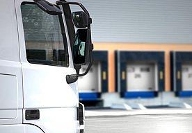 28-May-2013 13:08 - TEKORT AAN VRACHTWAGENCHAUFFEURS DREIGT. De Nederlandse transportsector kampt vanaf 2015 waarschijnlijk met een tekort aan vrachtwagenchauffeurs, omdat een groot aantal chauffeurs met pensioen gaat.