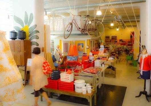 Moko Cafe/Market