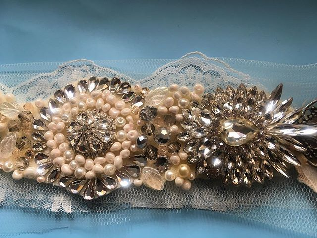 Soon to be a brides' headpiece! These tiny beads, crystals and stones collectively make such a great impact ✨ #swarovski and #pearl #handmade #bridal #headpiece. #perthbride #Melbournebrides #sydneybride @abirdinthehair