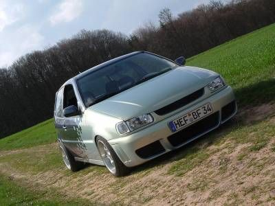 VW Polo 6n ...extended bonnet (eyebrow/ bad boy look) again cool but not my taste...