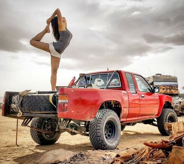 Pin By German Shorthair On Trucks Trophy Truck Toyota Trucks Toyota