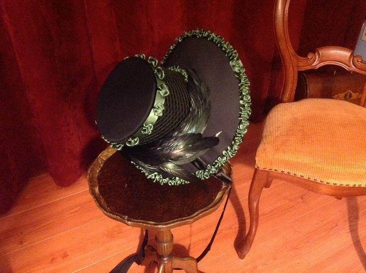 1817 Regency bonnet. Buckram frame covered with bombasine, velvet and satin ribbon, cotton netting and lining. By Miss Galindo