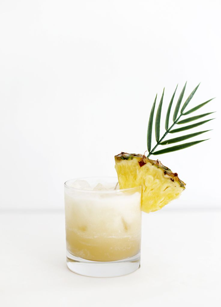 Piña Colada Spritzer @themerrythought 2 Tbsp coconut milk, 3 Tbsp pineapple juice, sparkling grape juice