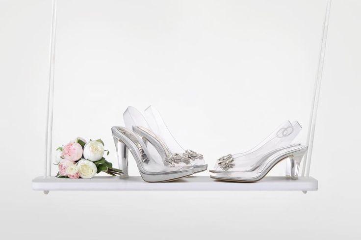#Magrit Iconos de nuestra firma, CRISTAL Y CRISTEL. Zapatos de ensueño para los momentos más especiales.  www.magrit.es