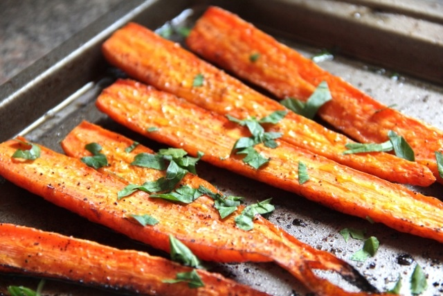 Balsamic Roasted Carrots: Side Dishes, Sidedishes, Food, Recipes, Roasted Carrots, Yummy, Vegetable, Balsamic Roasted