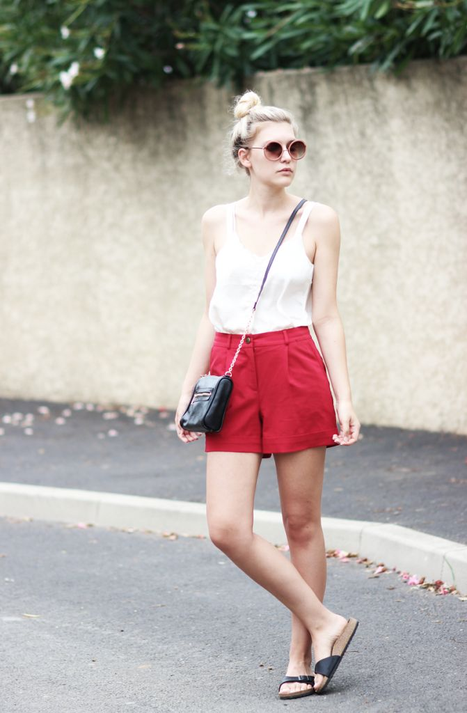 rote-shorts-outfit-kombinieren-02