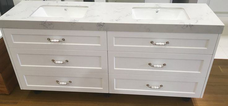 Looking for high-quality vanities in Melbourne? Call 03 9587 6169 today to find out more.