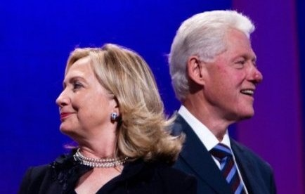 Présidentielle américaine: Bill Clinton n'exclut pas une candidature d'Hillary en 2016