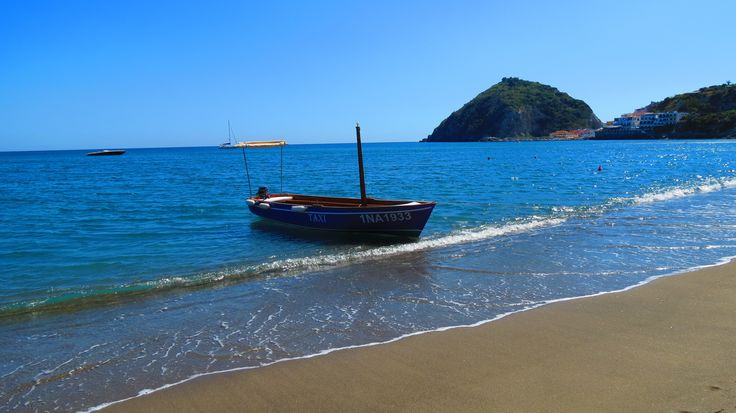 Water Taxi at Maronti Beach, Ischia. Part of the Ischia Review Gallery - www.ischiareview.com