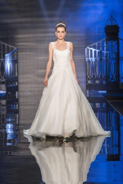 Vestidos de novia escote cuadrado 2017: Diseños que nunca pasan de moda Image: 12