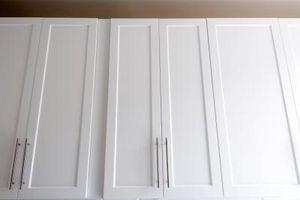 Cómo pintar gabinetes forrado en Thermofoil - Usroasterie.com
