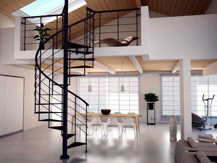 Классическая винтовая лестница из металла.
