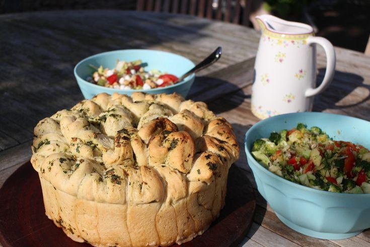 Kruiden en knoflook breekbrood