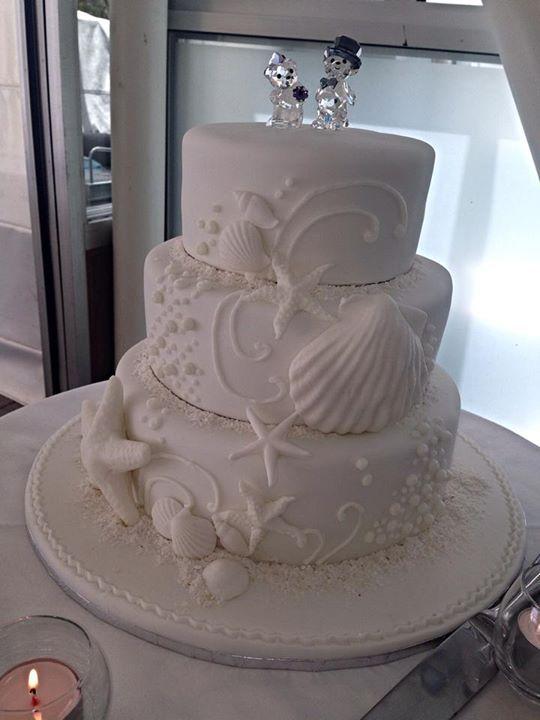 Cake Decorations Noosa : 31 best images about Wedding Cakes Noosa Sunshine Coast on ...