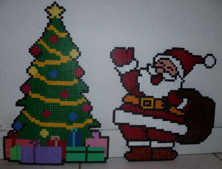 Christmas tree and Santa Claus hama perler by creationperles
