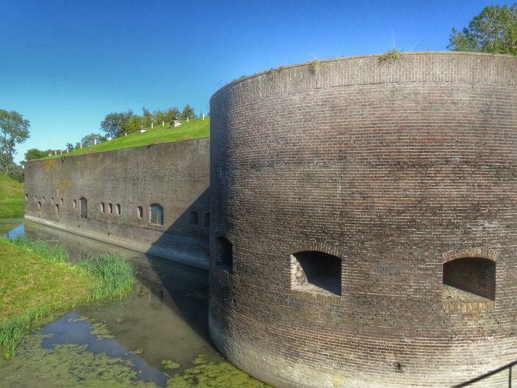 Utrecht te Voet heeft een prachtige wandeling langs Fort bij Vechten, waar net het Waterliniemuseum is geopend