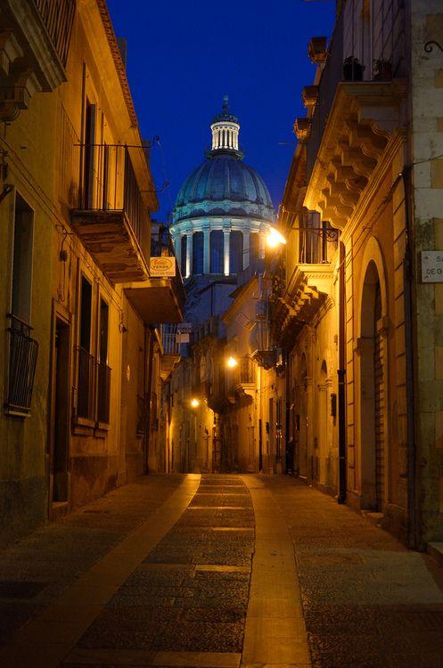 Ragusa, Sicily | Italy (by Giuseppe Finocchiaro)