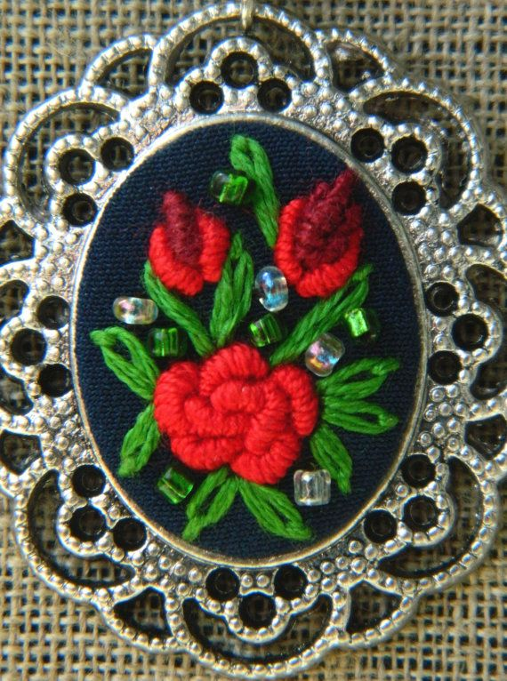 Vintage hand embroidered pendant with red or pink by MAZUTORIA
