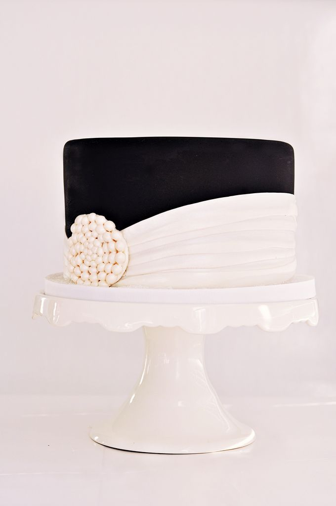 Explored Dark Chocolate Cake Filled With Toasted Marshmallow Filling And Covered With Vanilla Swiss Meringue Buttercream And Black Vanilla Fondant
