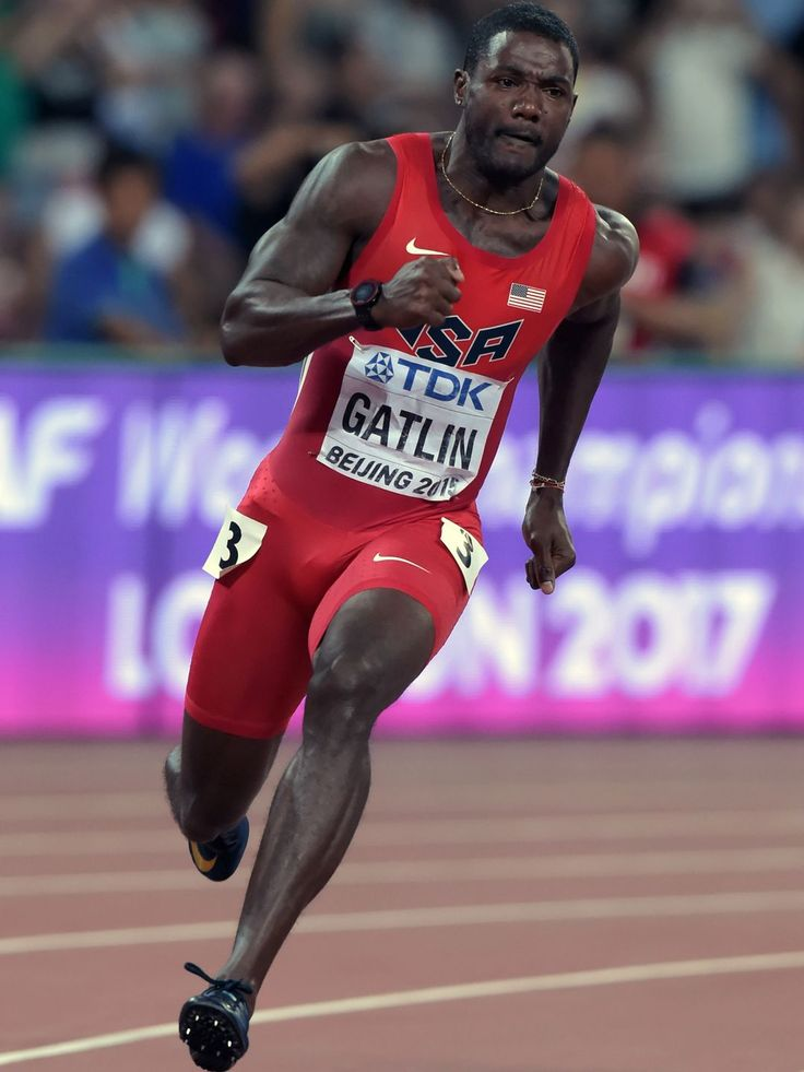 Justin Gatlin wins the 200m heat. Kirby Lee, USA TODAY Sports