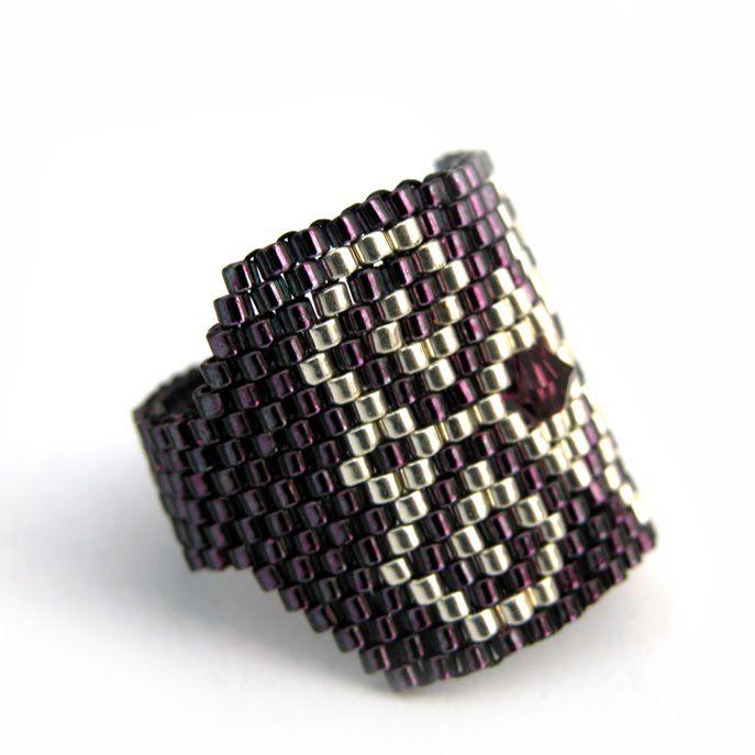 [anillo+marsa+dulcinea+violeta+plata+perfil.jpg]