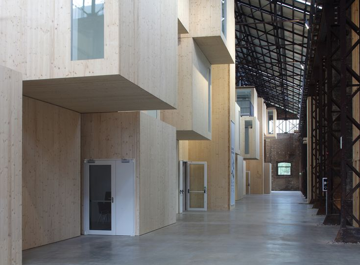 A Soft Transformation: From Factory Hall to Technology Centre – DETAIL-online.com – the portal for architecture
