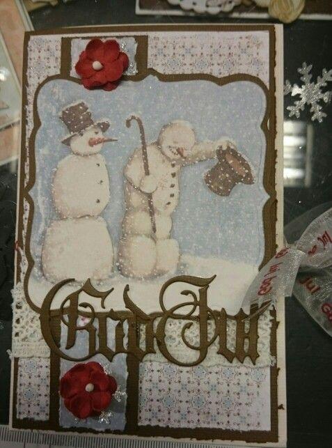 Julekort laget med maja design ark, kaboks og spellbinders dies, papirdesign blomster og bånd fra kort og godt.