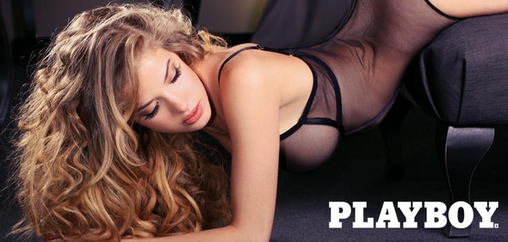 A sensualidade foi uma constante na sessão fotográfica da belíssima Raquel Jacob.
